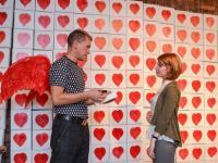 В Петербурге Алексей Сергиенко раздаст сто картин «Сердце в подарок»