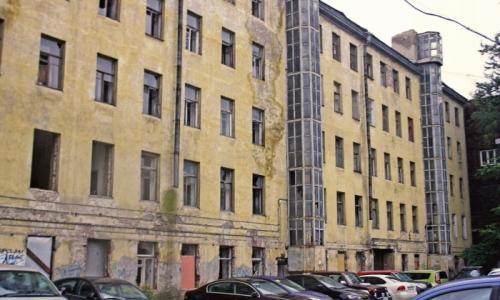 """""""Фонд имущества Санкт-Петербурга"""" собирается продать 53 жилые квартиры единым лотом"""