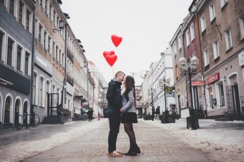53% пользователей сайтов знакомств врут о себе