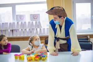 Волонтеры TOY.RU поделились добротой с маленькими пациентами НИКИ