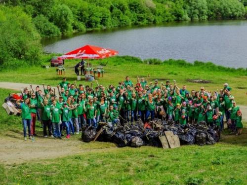 «Зеленые команды» отправят собранный на субботниках пластик на переработку
