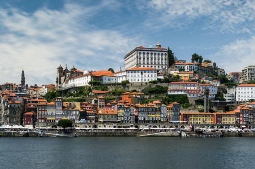 Туроператор «Лузитана Сол»: Туры в Португалию с круизами