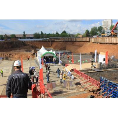 В Живом квартале «Селигер Сити» состоялась церемония заливки первого куба бетона