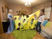 Анимационный праздник провела TOY.RU в двух детских приютах