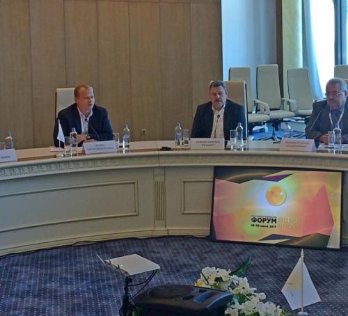 Антон Мороз выступил с докладом на круглом столе «Инвестиционная привлекательность и инновации»