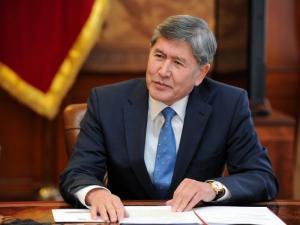 Президент Кыргызстана выучил английский через интернет