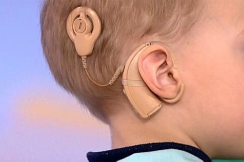 Китайские импланты Nurotron закупили в Китае для лечения детей в России