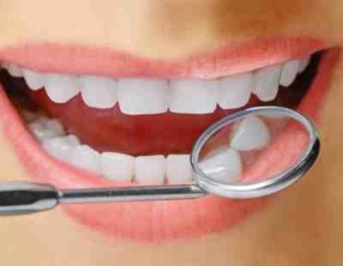 Пациентам предлагают услугу одномоментной имплантации зубов