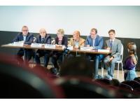 В Москве показали фильм о реабилитации глухих «Пусть мир услышит!»