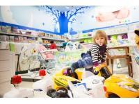 БФ «Детский мир» передает детские товары нуждающимся детям Алтая