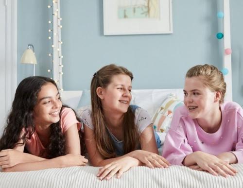 Образовательная программа Dove Self-Esteem: помогаем девочкам обрести уверенность в себе