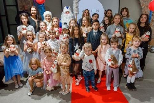В Арт-пространстве Влада Лисовца прошел детский модный показ.