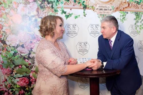 На благотворительном вечере клуб «Классика отношений» соберет средства для многодетных семей