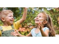 Детский центр «Нейросфера» Елены Батуриной и Андрей Бартенев провели праздник для особенных детей в галерее «Здесь на Таганке»