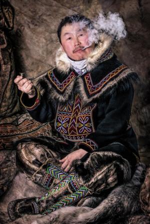 Canon осуществляет поддержку выставки фотопроекта «Мир в лицах» в Республике Бурятия