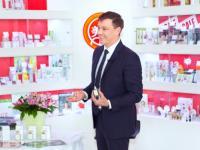 Парфюмер Сергей Губанов представил эксклюзивную коллекцию ароматов МейТан «Мир в одной капле»