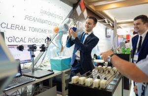 КРЭТ представил робота-хирурга и другие инновационные разработки на выставке БИОТЕХМЕД-2018