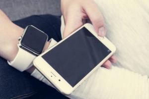 Чем расплатиться за проезд: кольцом, часами или смартфоном?