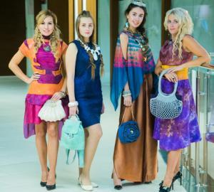 Известный дизайнер и мама пятерых детей Светлана Копнева откроет праздник «Мамин день» в Государственном Кремлевском Дворце модным показом