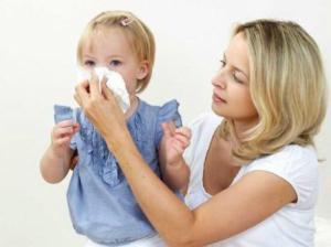 Как бороться с насморком у детей