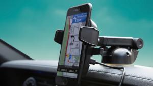 Компания Onetto представила держатель с функцией быстрой зарядки смартфонов iPhone и Samsung