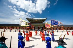 """Жители Новосибирска узнали, что такое """"хангыль"""" и познакомились с медицинском туризмом Южной Кореи"""