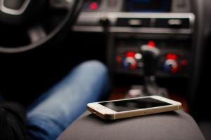 Московские курьеры и таксисты получат бесплатные смартфоны