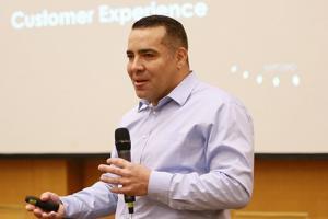 """Программа Майкла Ракмэна """"Customer Experience Technology"""" в Высшей школе финансовых технологий"""