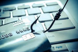 Главным инструментом киберпреступников в 2019 году будет фишинг