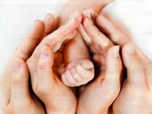 Экстракорпоральное оплодотворение дарит бездетным парам родительское счастье