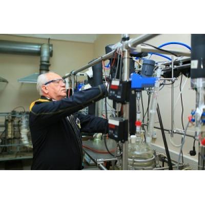 «Роснефть» совершенствует технологию производства присадок для моторных масел