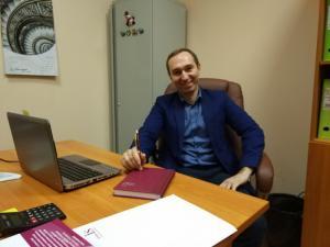 Страхование авансов со страховым брокером «Интерис» — на вопросы отвечает Владислав Лелянов