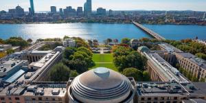 Подразделение WeHealth компании Сервье и Массачусетский технологический институт будут вместе развивать концепцию ухода за пациентами на дому