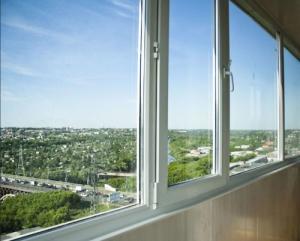 Рекомендации по остеклению балконов и лоджий
