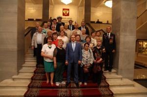 Для петербургских ветеранов Михаил Романов организовал экскурсию в Государственную Думу