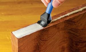 Полиуретановый клей для мягких покрытий