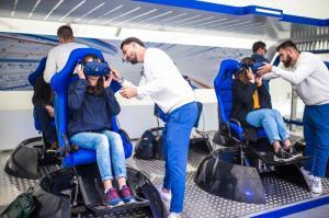 Volkswagen приглашает пройти тест-драйв внедорожников в городе будущего