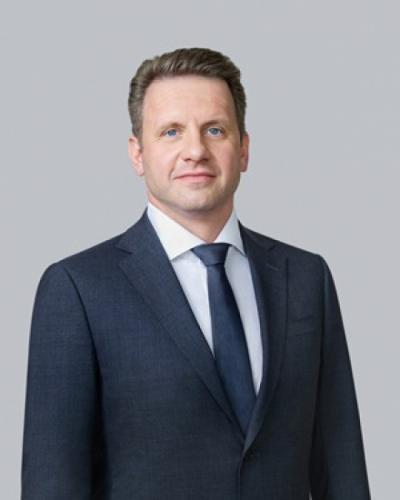 Михаил Полунин первый заместитель председателя правления МКБ