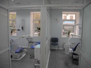 Акцию на импланты Nobel Biocare запустил стоматологический центр «Зууб»