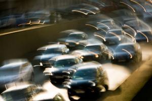 Стоимость автомобильного сервиса у дилеров в Петербурге за год выросла на 12%