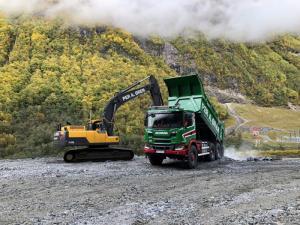 Строительная неделя в Allison: уникальная возможность испытать дорожно-строительную технику и сесть за руль дакаровского раллийного грузовика