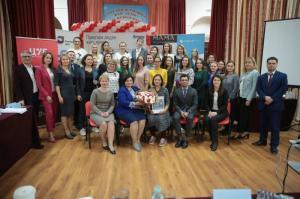 Мама из Москвы получила грант в 100000 рублей на открытие своего бизнеса благодаря проекту «Мама-предприниматель»