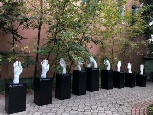 На Общероссийском ревматологическом Конгрессе открылась выставка инсталляций «Твоя рука в моей руке»