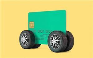 В Петербурге впервые за автомобили заплатили банковской картой без комиссии