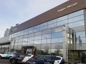 В Петербурге открылся новый дилерский центр Hyundai