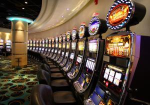 Как пользоваться онлайн казино азино777 чтобы выиграть?