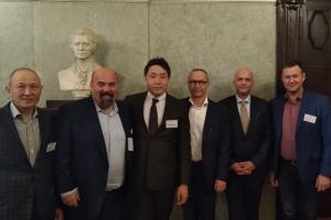 Сибирские и уральские врачи приняли участие в европейском симпозиуме по малоинвазивной хирургии