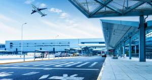 Крупнейшие столичные аэропорты могут оснастить барокамерами