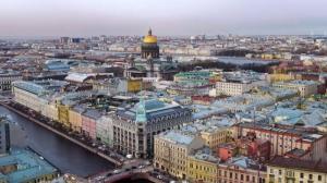Зимой в Петербург больше всего индивидуальных туристов приехало из США