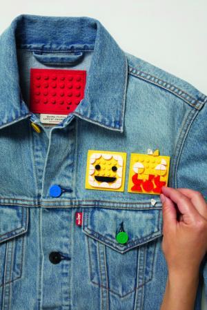 Новая яркая коллекция: компания LEGO Group и бренд Levi`s объединились!